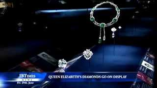 Video Queen Elizabeth's diamonds go on display at Buckingham Palace MP3, 3GP, MP4, WEBM, AVI, FLV April 2018