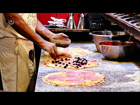 Cooking Italian Pizza like in Italy.