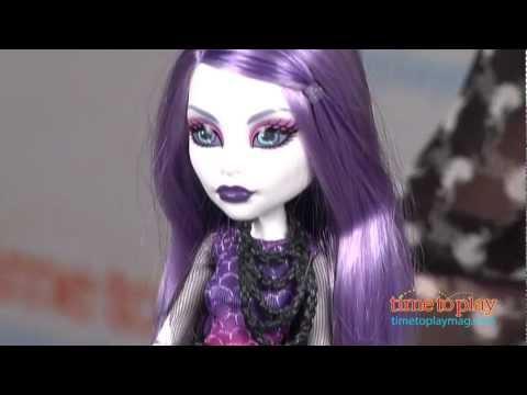 Monster High Picture Day Spectra Vondergeist from Mattel