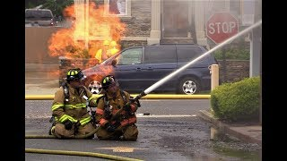 Fair Lawn NJ Fire Department 2nd Alarm Fire. Gas main Fire from downed powerline also involving Valley National Bank. 139 Lincoln Ave July 7th 2017. Fairlawn NJ Fire Department Gas Main Fire