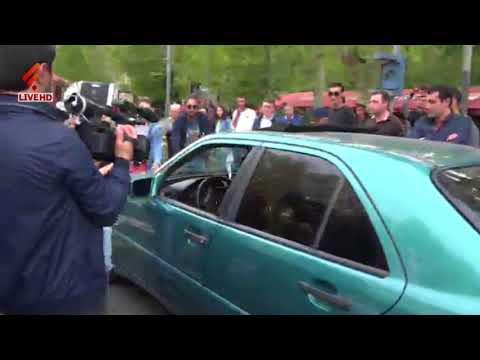 Ակտիվիստին ակցիայի ժամանակ վրաերթի ենթարկեցին - DomaVideo.Ru