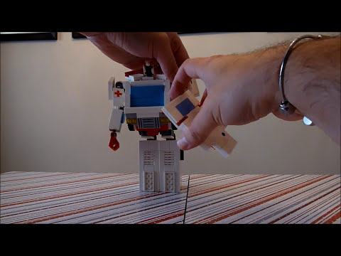 Ratchet , A Lego Transformer Creation by Boyzwiththemosttoyz