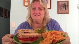Toasted Tomato Sandwich , Hickory BBQ Chips !!!