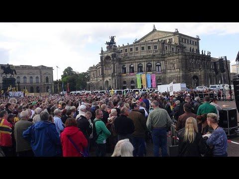 Pegida: Pegida 2. Jahrestag Dresden 16.10.2016