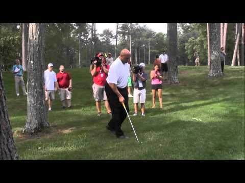 Charles Barkley's awkward swing entertains gallery at Regions Tradition Pro-Am