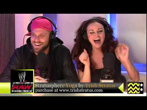 0 Trish Stratus, Lilian Garcia and Maria Kanellis React To Sin Cara T Shirt (Video)