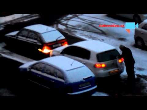 Zamrzlá auta