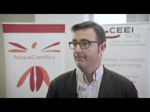 Andrés Antón de Bio Array en el HUB de Innovación Colaborativa.[;;;][;;;]