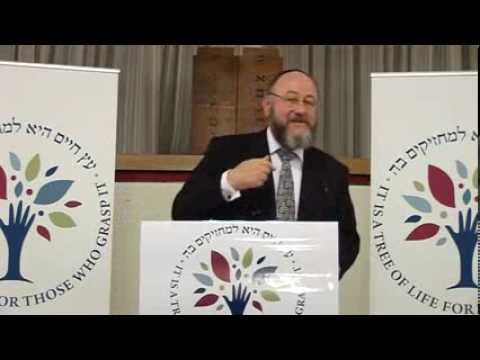 Chanukah - Chief Rabbi Ephraim Mirvis - Chanukah Shiur. 18 November 2013. Hendon United Synagogue, London.
