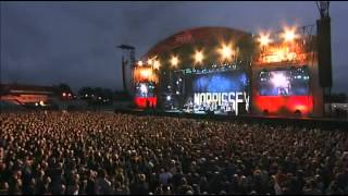 Morrissey - There is a Light that Never Goes Out (Move Festival, Manchester 2004)
