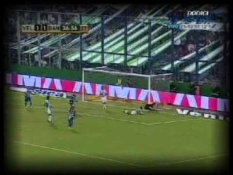 Mas goles y jugadas de Maxi Moralez en Vélez