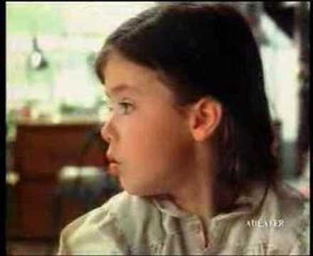 lactel - Publicité de 1992 pour le lait Lactel, célèbre pour les termes utilisés par des enfants, tel que métaphore, euphémisme, coquecigrue et billevesée.