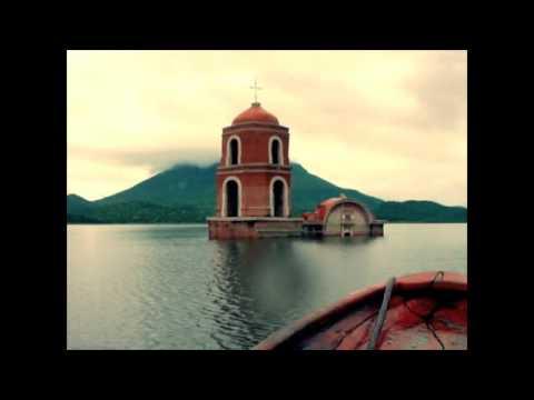 Iglesia Churrumuco Hundida Bajo el Agua: Michoacán