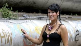 Michaela Zondler - Wir Sind Jung Und Frei (Offizielles Musikvideo)