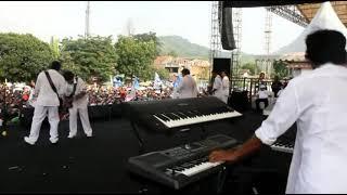 Download Lagu LIHAT PERMAINAN KEYBOARD ADU DOMBA BANG KOJI; RHOMA IRAMA Mp3