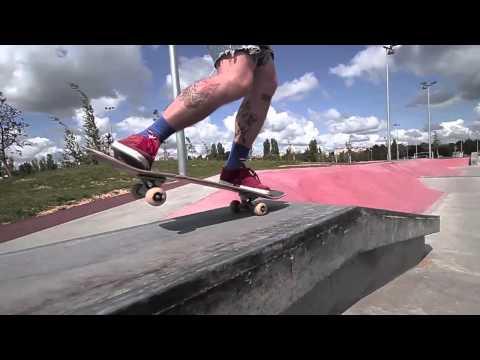 Powha Skateboard - Macon Skatepark