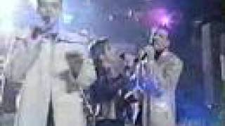 *NSYNC perform Music of My Heart at Teen Choice Awards