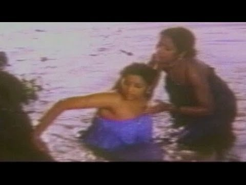 Meena And Her Friends Bathing Scene In Pond
