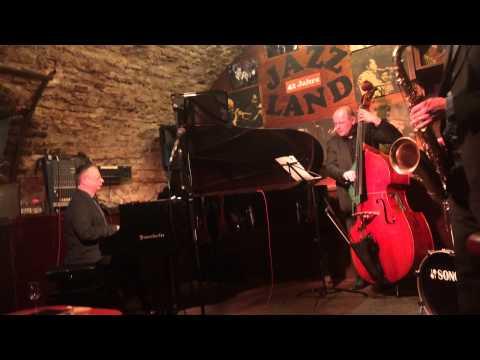 Martin Kern Quartett - Over the Rainbow at the Jazzland, Vienna