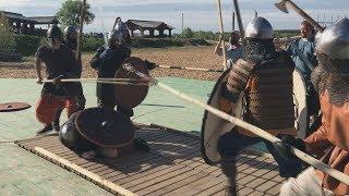 На острове Дракино показали средневековье