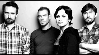The Cranberries - There Is A Light That Never Goes (The Smiths cover)
