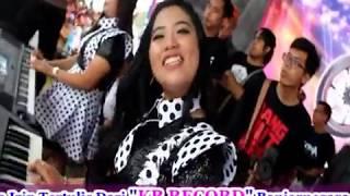 Video Live on 2018 Keyboardis Super cantik New Kendedes di stadion Kolopaking Banjarnegara LUNGSET MP3, 3GP, MP4, WEBM, AVI, FLV Juli 2018