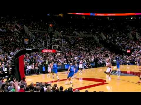 Rudy Fernandez beats the buzzer against Mavericks