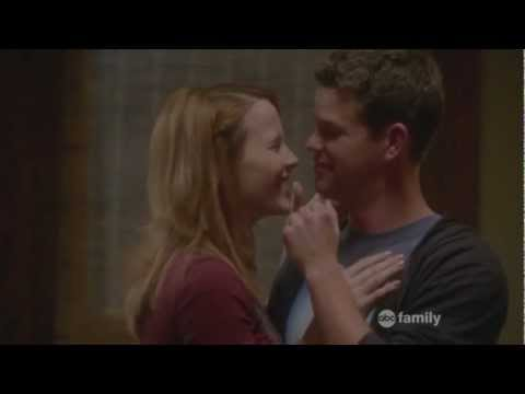 Switched at Birth: Daphne and Travis kiss (2x04) (видео)