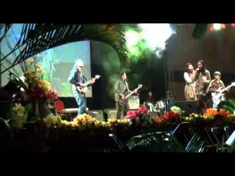 Selebriti - Bendera LIVE