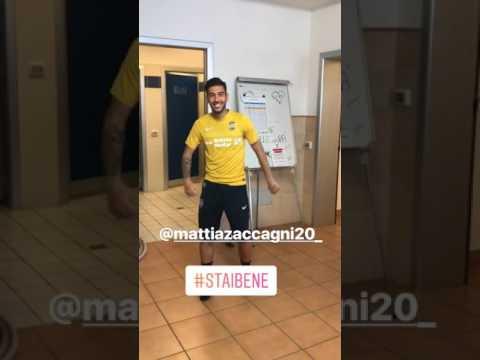 Zaccagni del Verona sfida la Papu Dance!