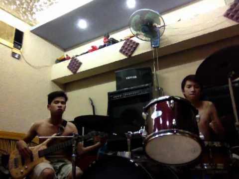 Em nhớ anh – Miu Lê Drum + Bass cover