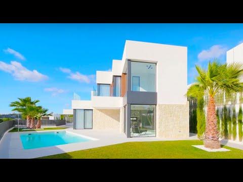 Красивая вилла в элитном районе Сьерра Кортина/Виллы в Испании/Дома в Бенидорме с видом на море