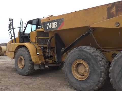 CATERPILLAR WOZIDŁA PRZEGUBOWE 740B equipment video 59Tvo0MvN_Q
