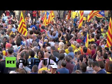 Spain: Catalonia president signs independence referendum decree