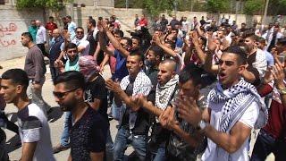 بعد صلاة الجمعة ... مسيرة في طولكرم تضامنًا مع الاسرى المضربين عن الطعام
