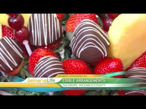 Valentine's Day Fruit Bouquets at Edible Arrangements