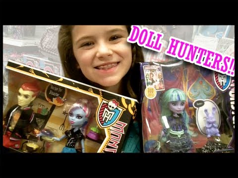 Monster High Doll Hunting for 13 Wishes: Twyla, Gigi, & Lab Partner dolls!  |  Kittiesmama