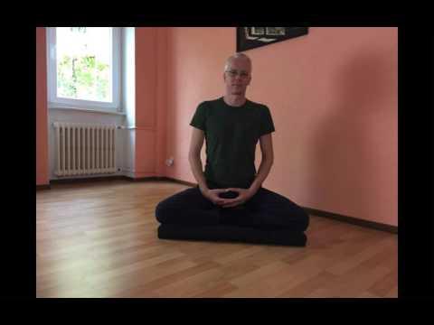 Imparare a meditare - Le posture di meditazione seduta