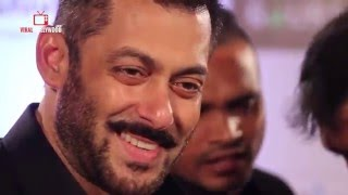 Video Courtesy : Viral BollywoodFor More Updates LOG ON TO http://www.salmankhanfc.com Join us on Facebook: http://www.facebook.com/SalmanKhanFC.OfficialFollow on twitter: http://twitter.com/SalmanFC_com