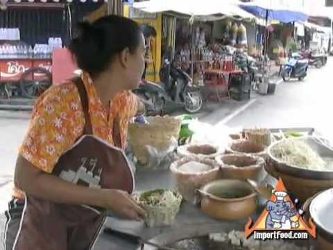 Thai Street Vendor Classic Pad Thai in a Basket