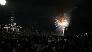 The Macy's and Jersey City Fireworks as seen from the Jersey City waterfront.