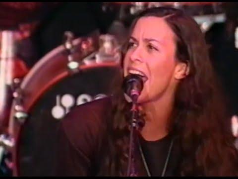 Alanis Morissette - King Of Intimidation - 10/19/1997 - Shoreline Amphitheatre (Official)