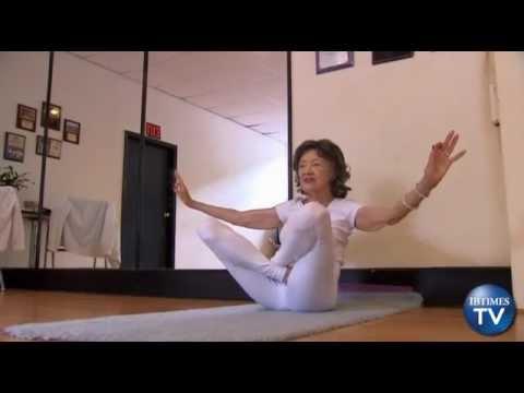 tao porchon lynch prof de yoga 93 ans fitbird 39 s blog. Black Bedroom Furniture Sets. Home Design Ideas