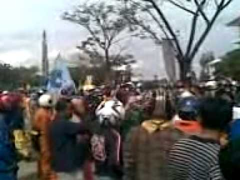 Demo Batam 24 Nov 2011_02.3gp