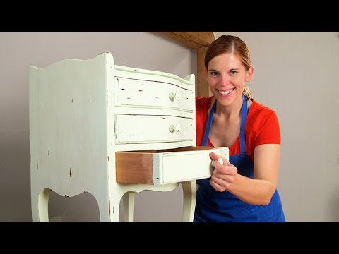 shabby chic - how to restore a nightstand!