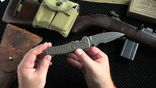 A truly cool project between Michael Burch and Chad Nichols. The Spike is a sleek and mean folder. GI motiff with star and Monkey Edge FRAG Pattern.