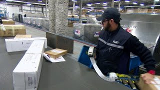Inside FedEx: Learning from past holiday blunders