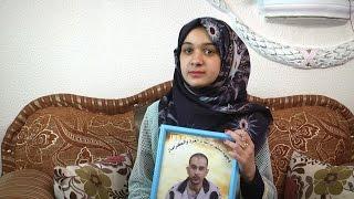 عائلة الأسير حسام عمر تجترح أملها من الألم وتنتظر الفرج