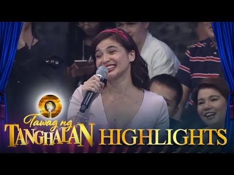 Tawag ng Tanghalan: Anne pleads with Vhong and Jhong to allow her 'knock knock' joke