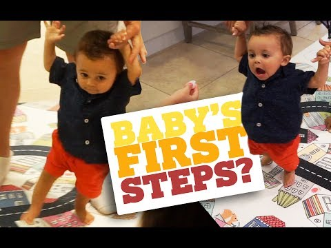 TEACHING OUR BABY HOW TO WALK!